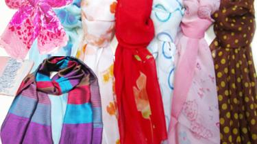 シルクスカーフのベトナムからの輸入、買付け、仕入れはベトナムジャパンまで