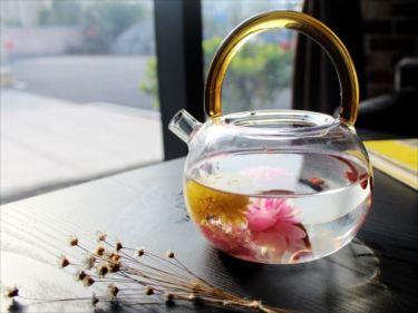 ガラス製品のベトナムからの輸入、買付け、仕入れはベトナム仕入れ.com まで