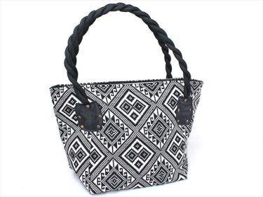 ベトナム工芸品、刺繍バッグなどのベトナムからの輸入、買付け、仕入れはベトナム仕入れ.com まで