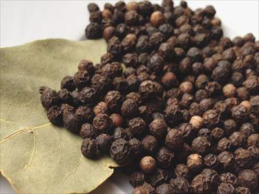 胡椒(コショウ)・調味料などのベトナムからの輸入、買付け、仕入れはベトナム仕入れ.com まで