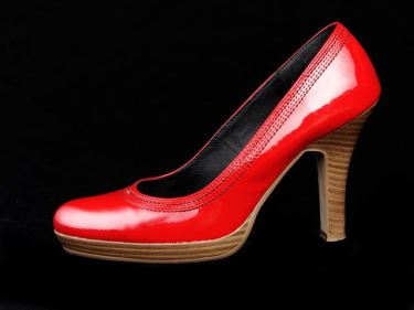 ブーツ、ヒール、ミュールなどのベトナムからの輸入、買付け、仕入れはベトナム仕入れ.com まで