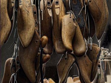 革靴などのベトナムからの輸入、買付け、仕入れはベトナム仕入れ.com まで
