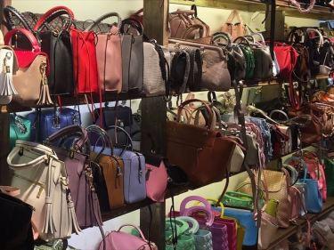 革製品(バッグ・小物入れ)、リュックなどのベトナムからの輸入、買付け、仕入れはベトナム仕入れ.com まで