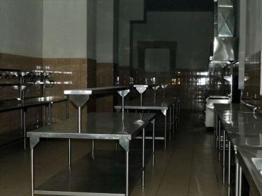 ステンレス棚(調理器材用)製造などのベトナムからの輸入、買付け、仕入れはベトナム仕入れ.com まで