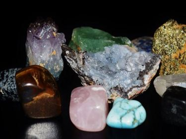 ジュエリー・奇石・宝石などのベトナムからの輸入、買付け、仕入れはベトナム仕入れ.com まで