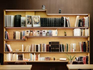 木製家具(本棚、化粧台)などのベトナムからの輸入、買付け、仕入れはベトナム仕入れ.com まで