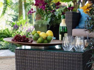 ソファー、テーブル(ラタン・ウォーターヒヤシンス製)などのベトナムからの輸入、買付け、仕入れはベトナム仕入れ.com まで