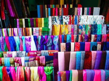 漆器(美術工芸品)、スカーフなどのベトナムからの輸入、買付け、仕入れはベトナム仕入れ.com まで