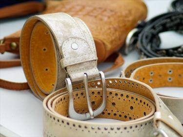 皮製品、革製品(服飾品)などのベトナムからの輸入、買付け、仕入れはベトナム仕入れ.com まで
